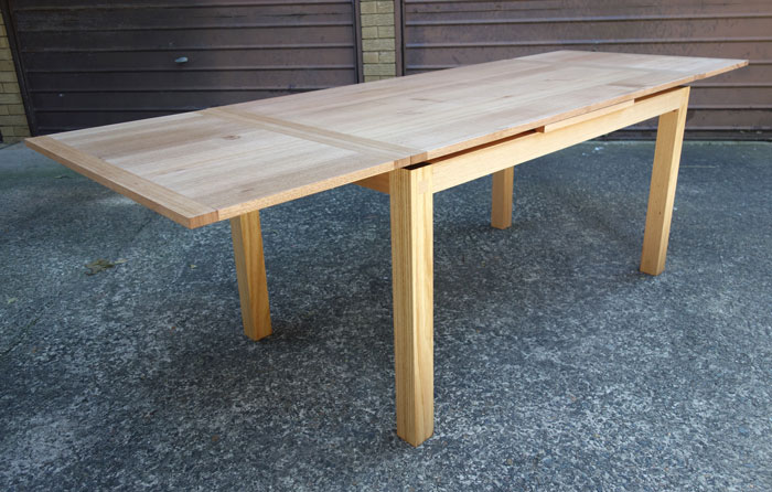 Custom made Extending dining table